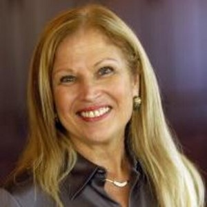 Liz Alpert Files For Second Term on Sarasota Commission