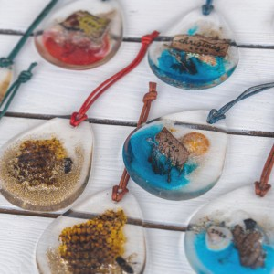 Driftheory Artist Creates Holiday Ornaments From Sarasota Nature