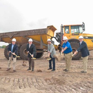 Forestar Hosts Groundbreaking for Star Farms at Lakewood Ranch