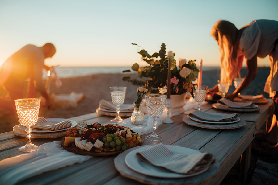 Jessica Chapman sets the scene on Longboat Key for a sunset soiree. Photography by Wyatt Kostygan