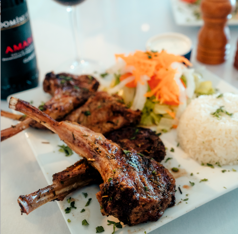 Bodrum has already convinced many lamb skeptics with its simple grill preparation seasoned with salt, pepper and rosemary.